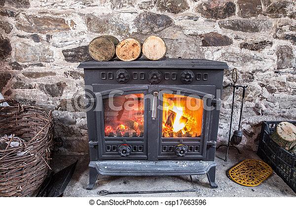 állomást bemér, égető, kályha, szereposztás, erdő, vas - csp17663596