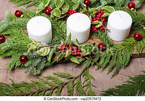 Rbol hoja perenne velas centro de mesa navidad acebo for Ver fotos de arboles de hoja perenne