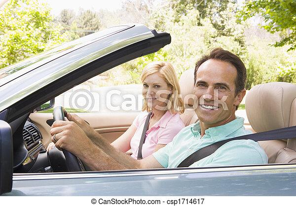 átváltható autó, mosolygós, párosít - csp1714617