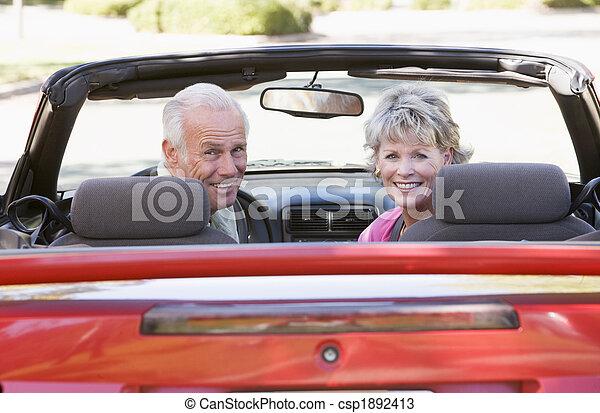 átváltható autó, mosolygós, párosít - csp1892413