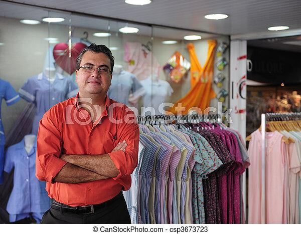 ägare, försäljning butiken, portait - csp3673723