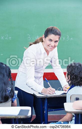 école, vérification, travail, primaire, étudiants, enseignante, heureux - csp24706984