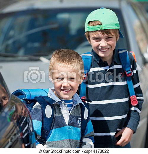 écoliers, dehors - csp14173022