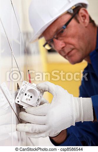 électricien, essayage, sortie électrique - csp8586544