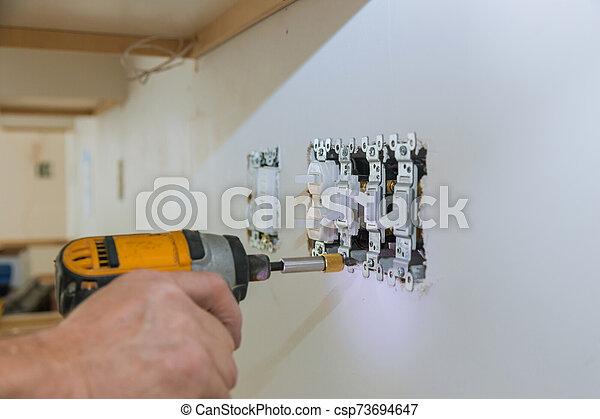 électrique, travail, outlets., installation - csp73694647