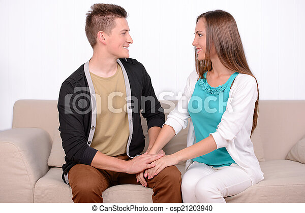 émotif, couple - csp21203940