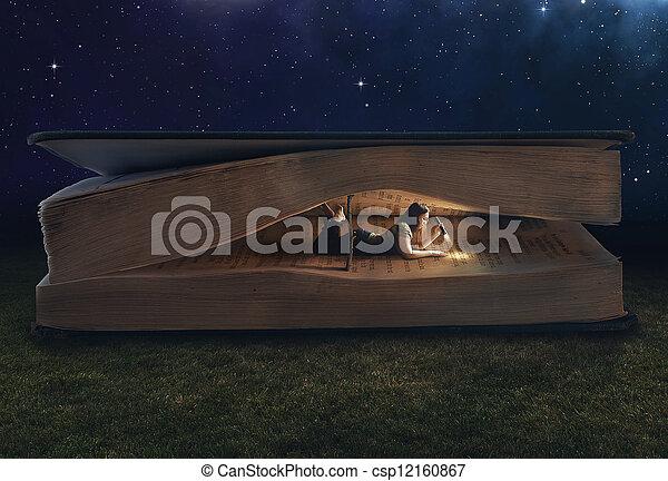 énorme, intérieur, femme, livre, lecture - csp12160867