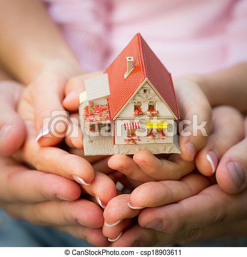 épület, kézbesít - csp18903611