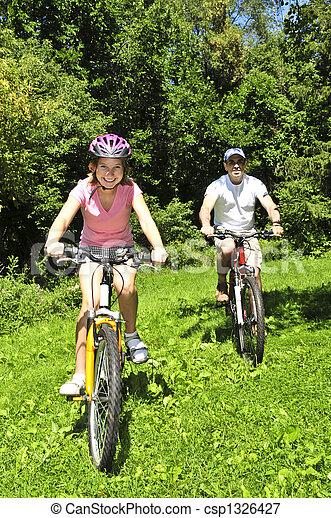 équitation, bicycles, famille - csp1326427