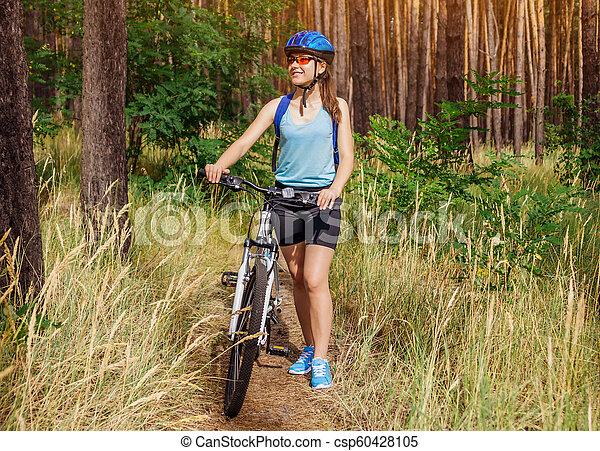 équitation, femme, vélo, jeune, forêt - csp60428105