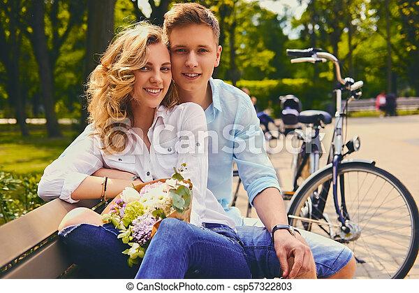 été, couple, park., dater - csp57322803