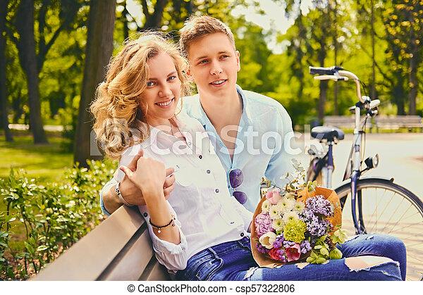 été, couple, park., dater - csp57322806