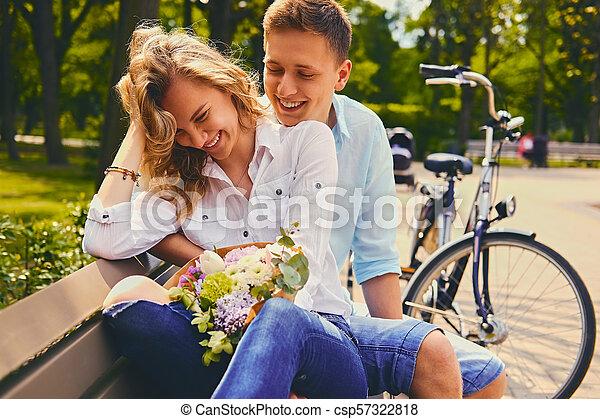 été, couple, park., dater - csp57322818