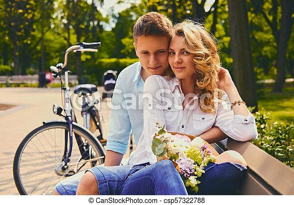 été, couple, park., dater - csp57322788