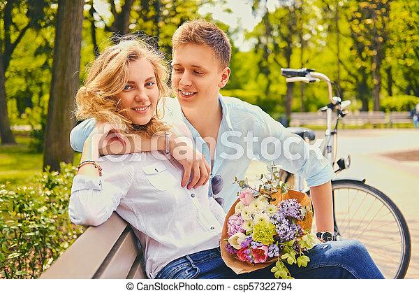 été, couple, park., dater - csp57322794