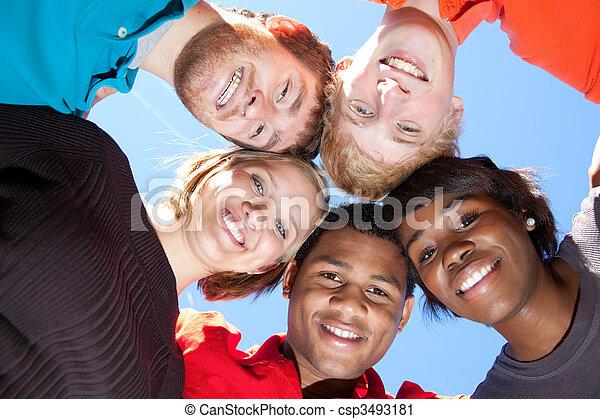 étudiants, multi-racial, sourire, collège, faces - csp3493181