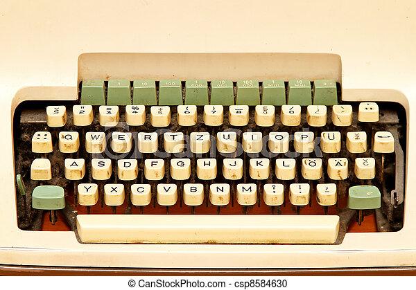 írógép billentyűzet - csp8584630