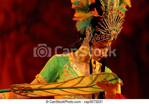 Princesa fan de la ópera china - csp3073231