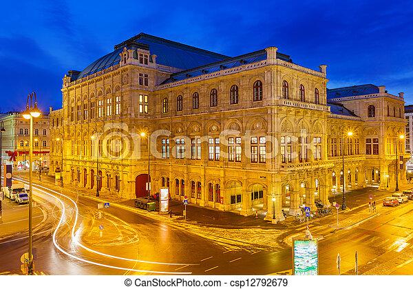 Casa de la ópera estatal, Viena, Austria - csp12792679
