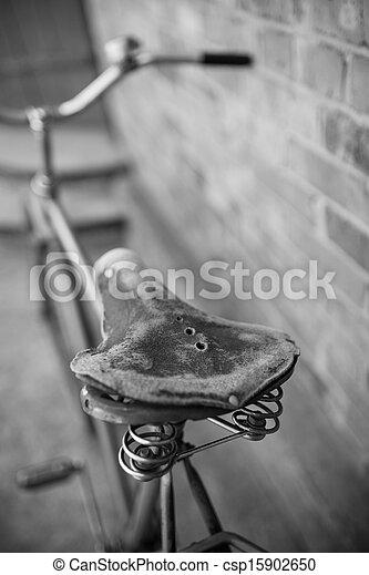 öreg bicikli, retro - csp15902650