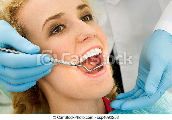 überprüfung, dental - csp4092253