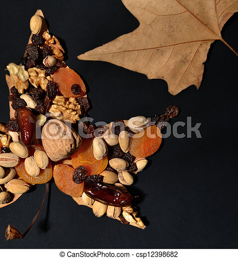 ősz, gyümölcs - csp12398682