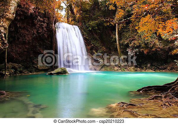ősz, vízesés - csp20210223