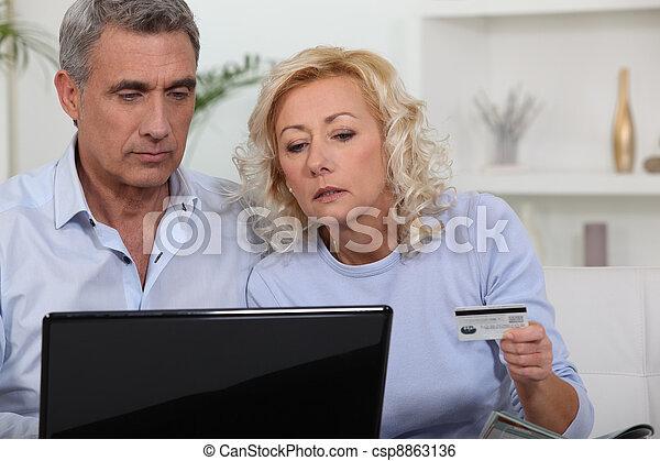 środek, para, sędziwy, zakupy, online. - csp8863136
