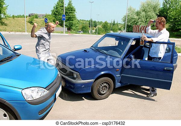 άμαξα αυτοκίνητο , ατύχημα  - csp3176432