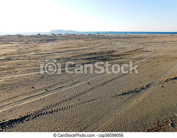 άμμοs  - csp36599056