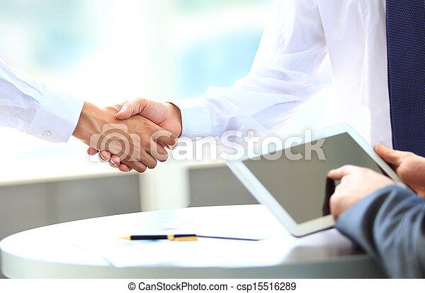άνθρωποι , κλονισμός , αρμοδιότητα ανάμιξη  - csp15516289