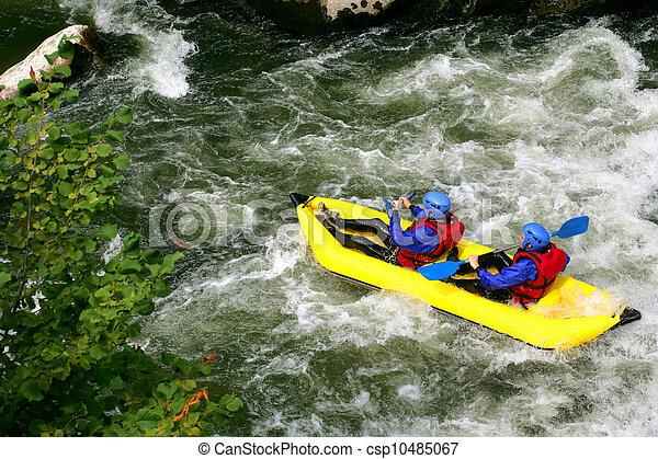 άνθρωποι , kayaking , δυο , κάτω , καταρράκτης , ποτάμι  - csp10485067