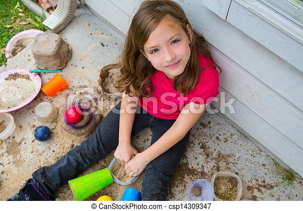 έδαφος , παίξιμο , βόρβορος , ακατάστατος , πορτραίτο , ευθυμία δεσποινάριο  - csp14309347