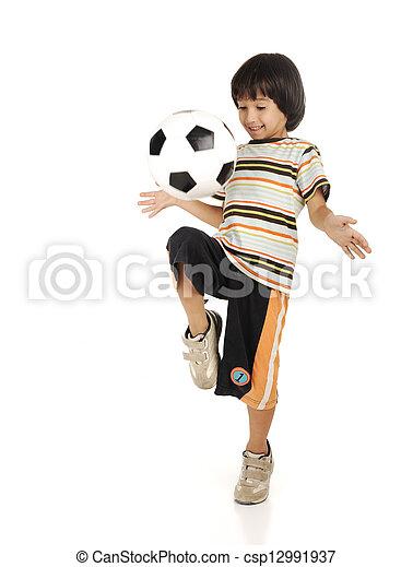 αγόρι , μικρός , ποδόσφαιρο , απομονωμένος , φόντο , άσπρο , παίξιμο  - csp12991937