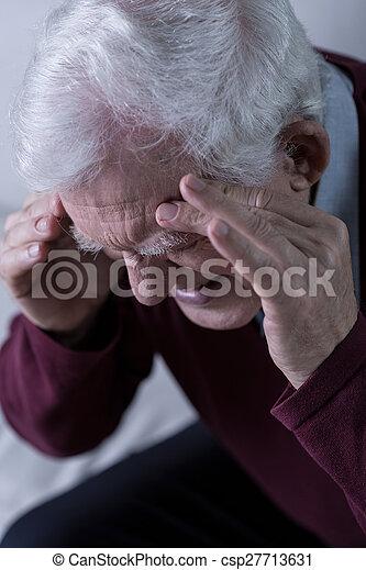 αρχαιότερος , πονοκέφαλοs  - csp27713631