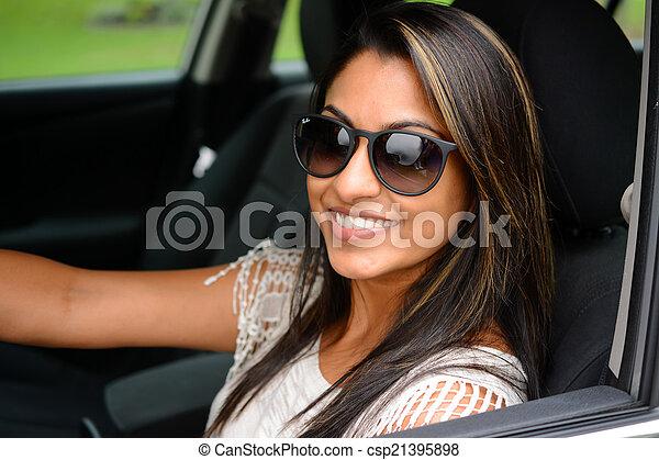 αυτοκίνητο , οδήγηση  - csp21395898
