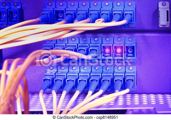 αόρ. του shoot , δίκτυο , τεχνολογία , έλιγμα , ακόλουθος , κέντρο δεδομένων  - csp8148951