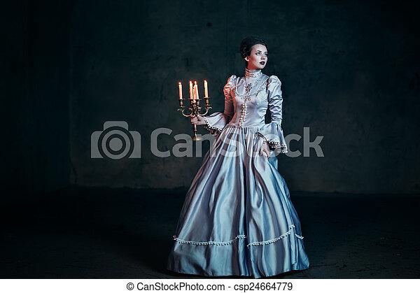 βικτωριανός γυναίκα , φόρεμα  - csp24664779