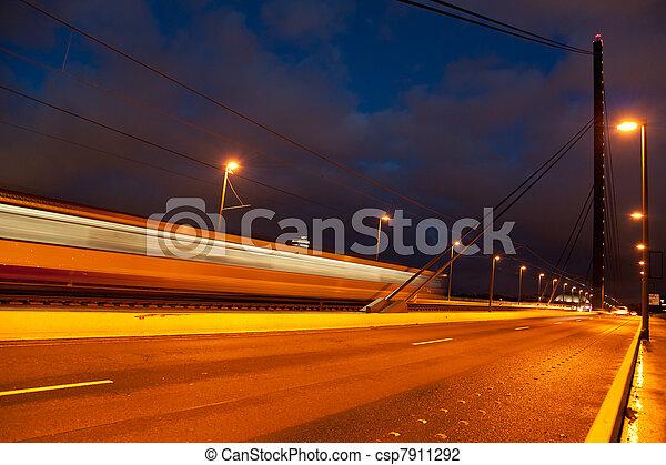 γέφυρα , oberkasseler - csp7911292