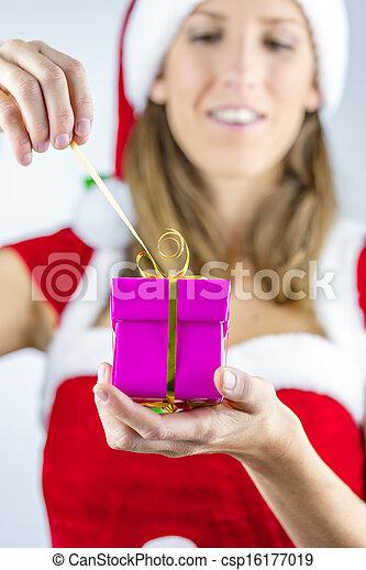 γενική ιδέα , xριστούγεννα  - csp16177019