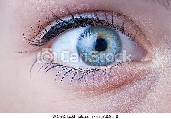 γκρο πλαν , μπλε , γυναίκα άποψη , όμορφος  - csp7609549