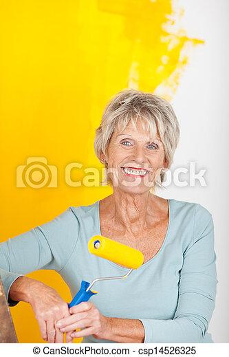γυναίκα , ζωγραφική , ώριμος , κίτρινο  - csp14526325