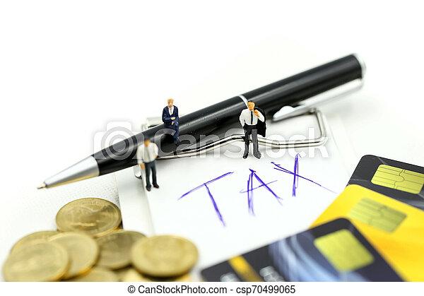 επένδυση , συνεταιρισμόs , αρμοδιότητα ακόλουθοι , πιστώνω , συμφωνία , κέρματα , φορολογώ , μινιατούρα , δέσμευση , γενική ιδέα , επιχειρηματίας , :, θημωνιά , κάρτα  - csp70499065