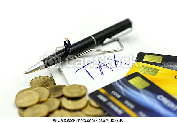 επένδυση , συνεταιρισμόs , αρμοδιότητα ακόλουθοι , πιστώνω , συμφωνία , κέρματα , φορολογώ , μινιατούρα , δέσμευση , γενική ιδέα , επιχειρηματίας , :, θημωνιά , κάρτα  - csp70387730