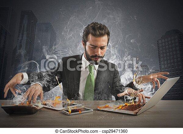 εργάζομαι υπερβολικά businessman  - csp29471360