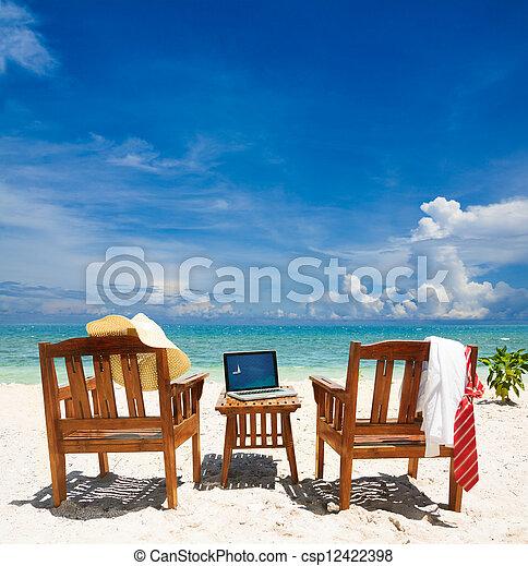 εργαζόμενος , παράδεισος  - csp12422398