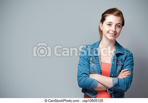 εφηβικής ηλικίας δεσποινάριο  - csp10605125