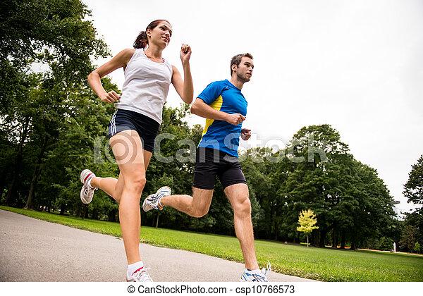 ζευγάρι , - , νέος , μαζί , κάνω σιγανό τροχάδην , αγώνισμα  - csp10766573
