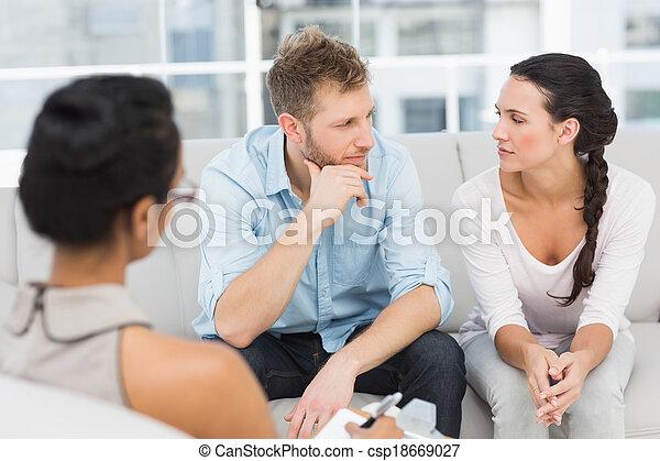 ζευγάρι , συνεδρίαση , θεραπεία , ατυχής  - csp18669027