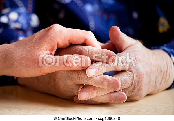 ηλικιωμένος ανατροφή  - csp1860240